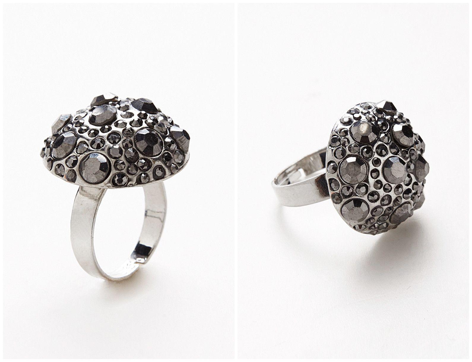 Mushroom Setting Wonderland Silver Gemstone Ring Style Code: 22241 http://www.outerinner.com/mushroom-setting-wonderland-silver-gemstone-ring-pd-22241-70.html