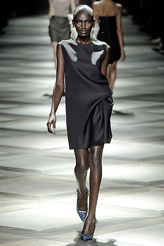 Lanvin Spring 2009 Ready-to-Wear Collection Slideshow on Style.com