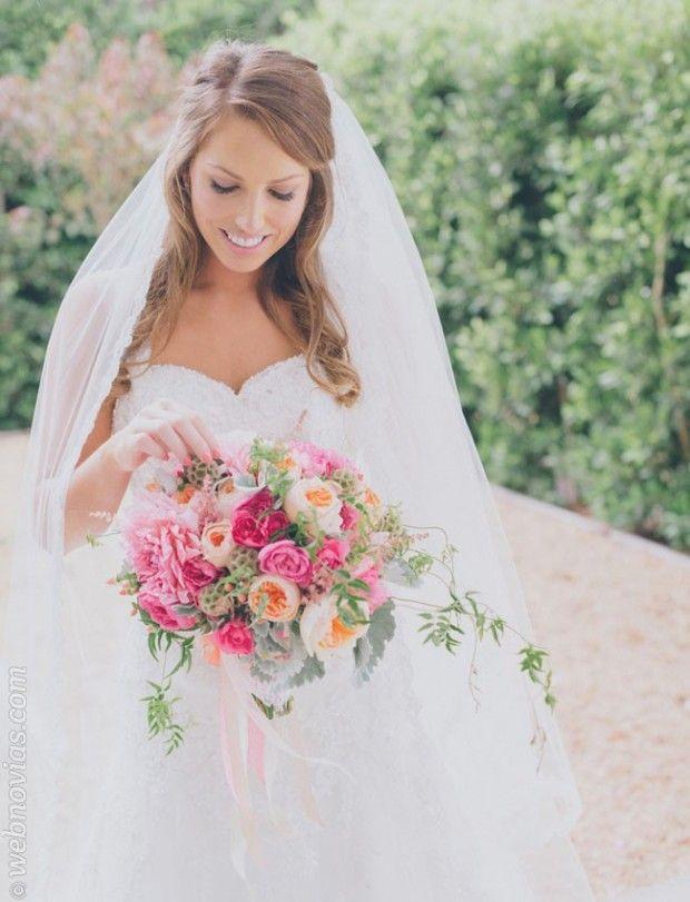 peinados para novias con velo. #novias www.webnovias