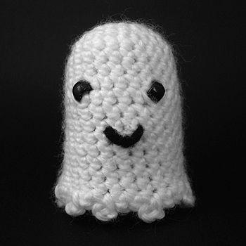 Crochet (amigurumi) ghost, halloween | Yarn | Pinterest | Tejido