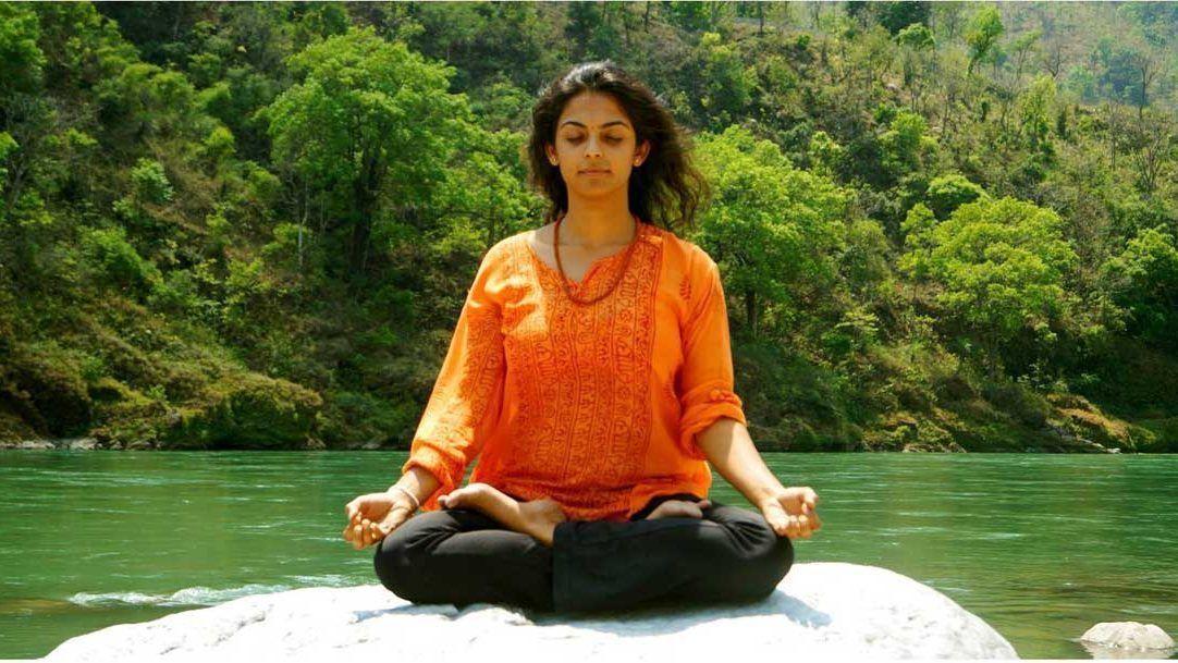Padmasana (Lotus Pose) meaning, steps, precautions and