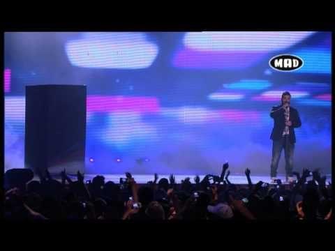 """Π.Παντελίδης """"΄Ονειρο Ζω"""" / Δεν ταιριάζετε σου λέω (Stan & Ε.Φουρειρα) - (MAD VMA 2013 by Vodafone) - YouTube"""