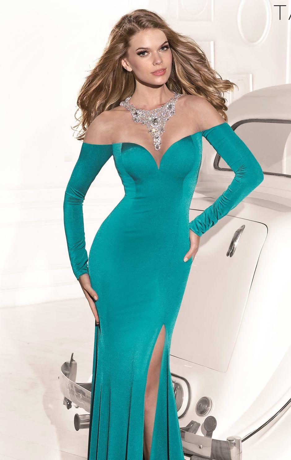 Long Sleeves Gown ~ | Ideas for graduation ball | Pinterest | Long ...