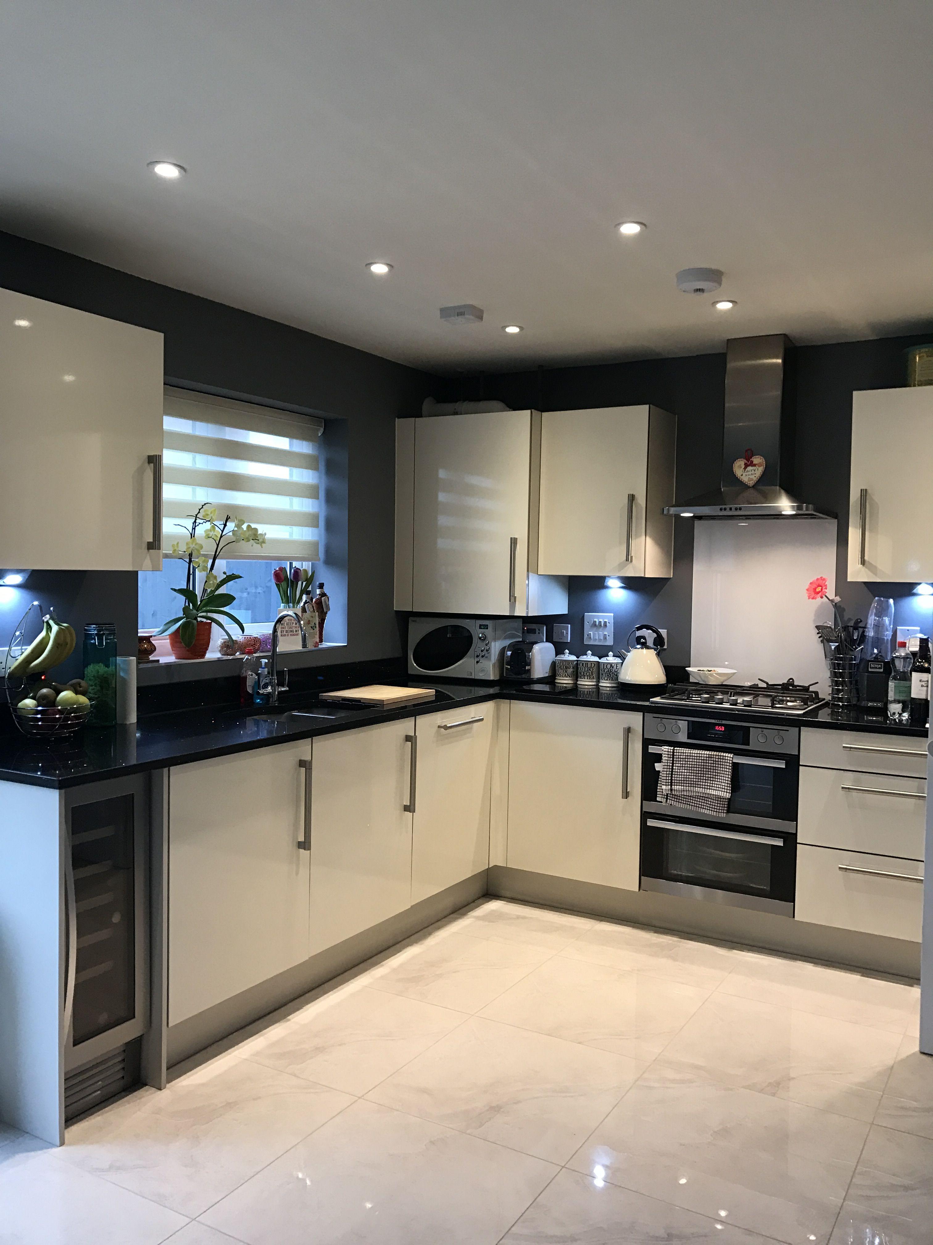 Battleship Dark Grey Kitchen Cream Gloss Cupboards Granite Worktop