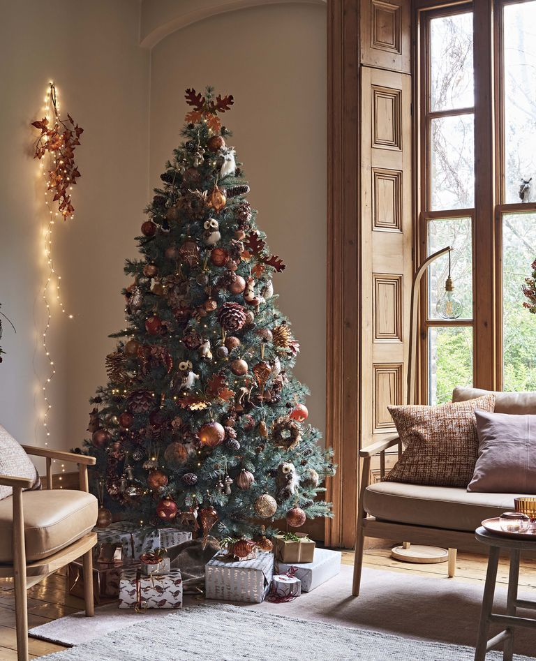 The Autumn Christmas Tree Is The Alternative Way To Decorate This