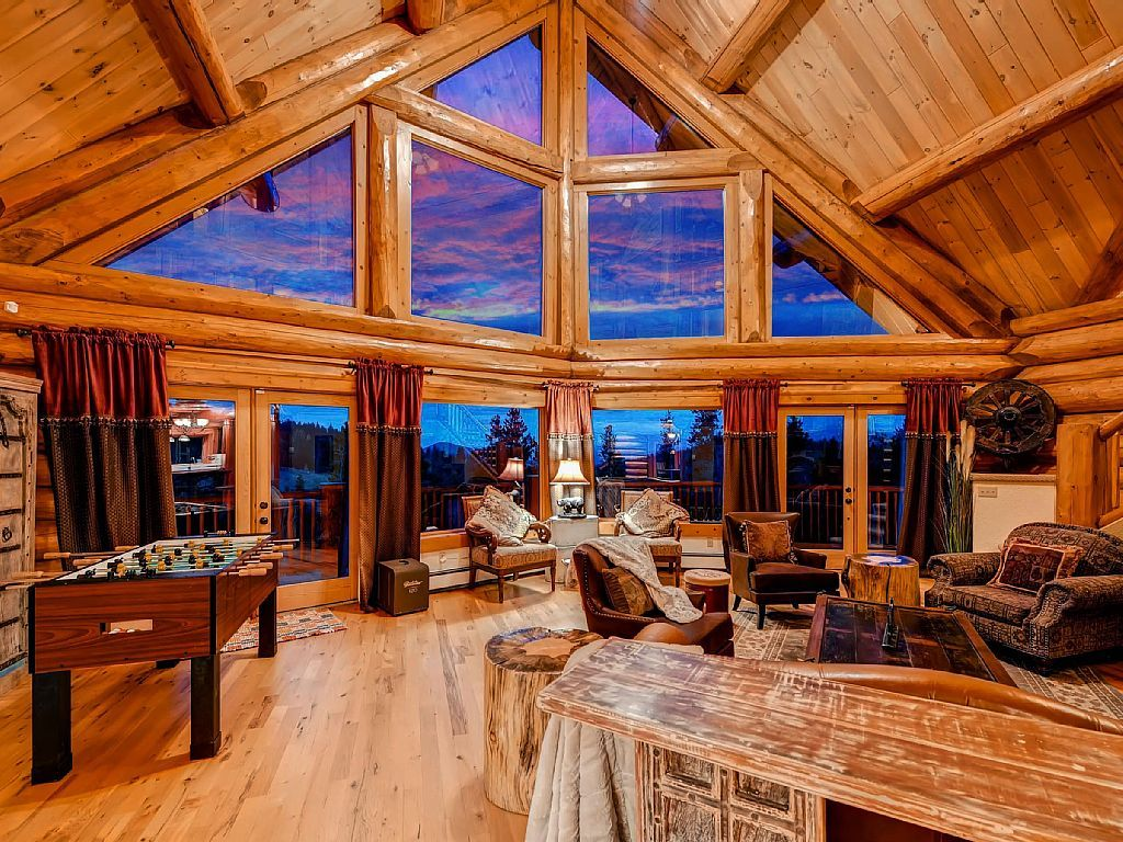 Lodge Vacation Rental In Black Hawk Colorado United States Of America From Vrbo Com Vacation Rental Travel Vr Boulder House Colorado Homes Mountain Home