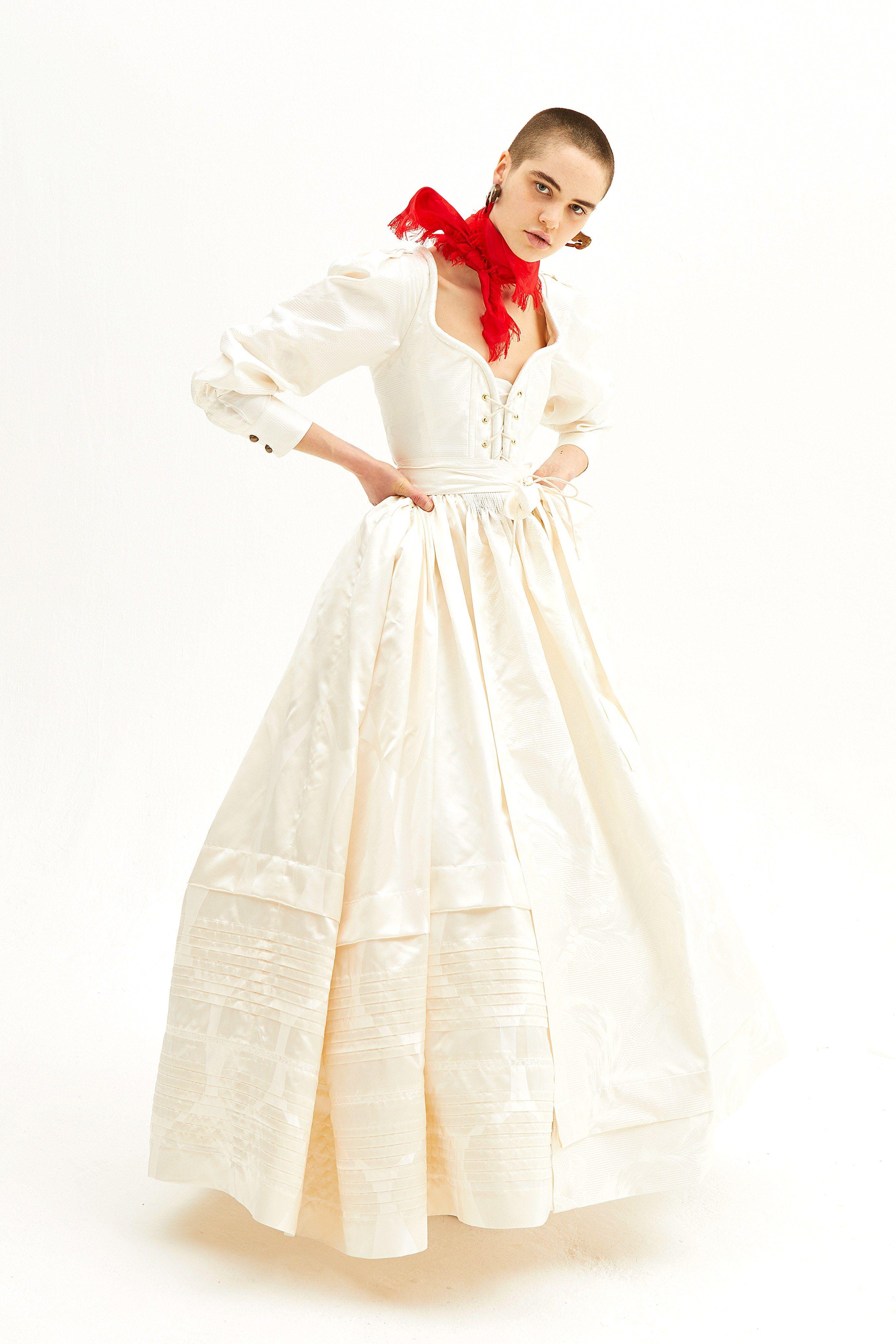 Vivienne westwood wedding dress  Andreas Kronthaler for Vivienne Westwood Fall   Brides