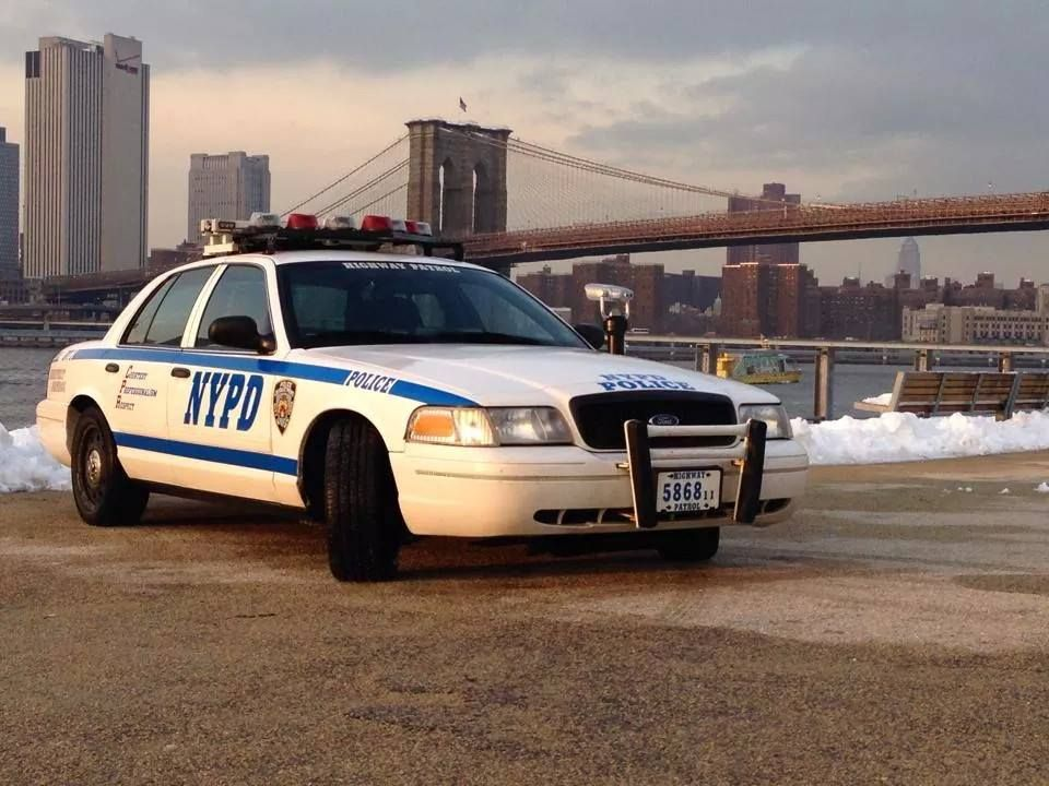 Nypd Highway Patrol 5868 Ford Cvpi Police Cars Emergency