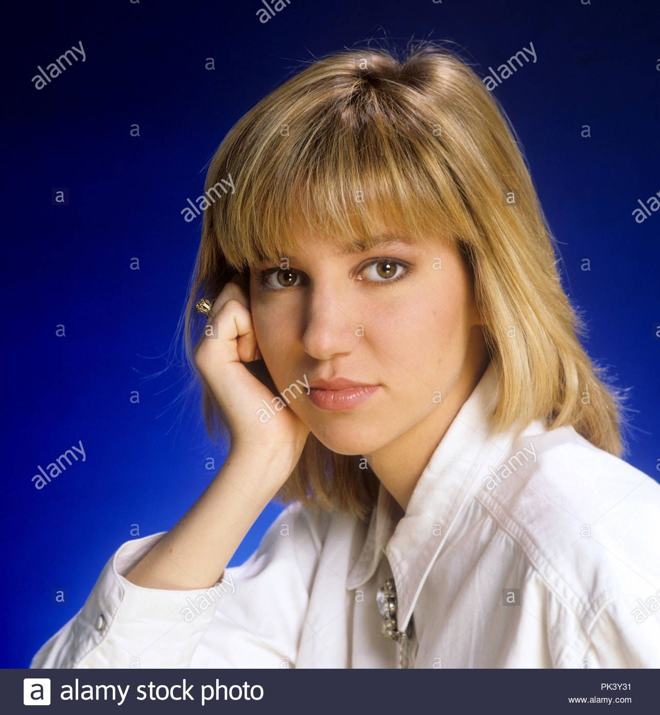Download this stock image: Debbie Gibson on 19.02.1988 in München / Munich.  | usage worldwide - PK3Y31 from Alamy's library… | Debbie gibson, Women in  music, Debbie