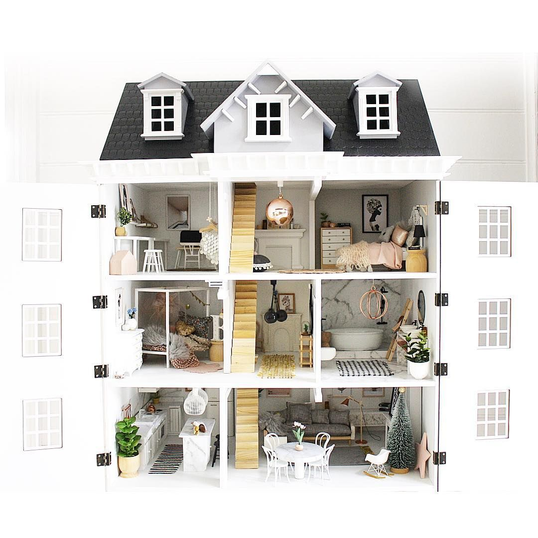 "949 Likes, 137 Comments - Lee Talbot (@mavendolls) on Instagram: ""AND // In all her glory ✨#miniaturemavendollshouse #dollhousereno #dollhouseminiatures…"""