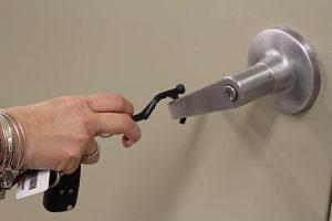 Top 8 Best Hands Free Door Openers In 2020 Spacemazing In 2020 Doors Hands Free Diy Door
