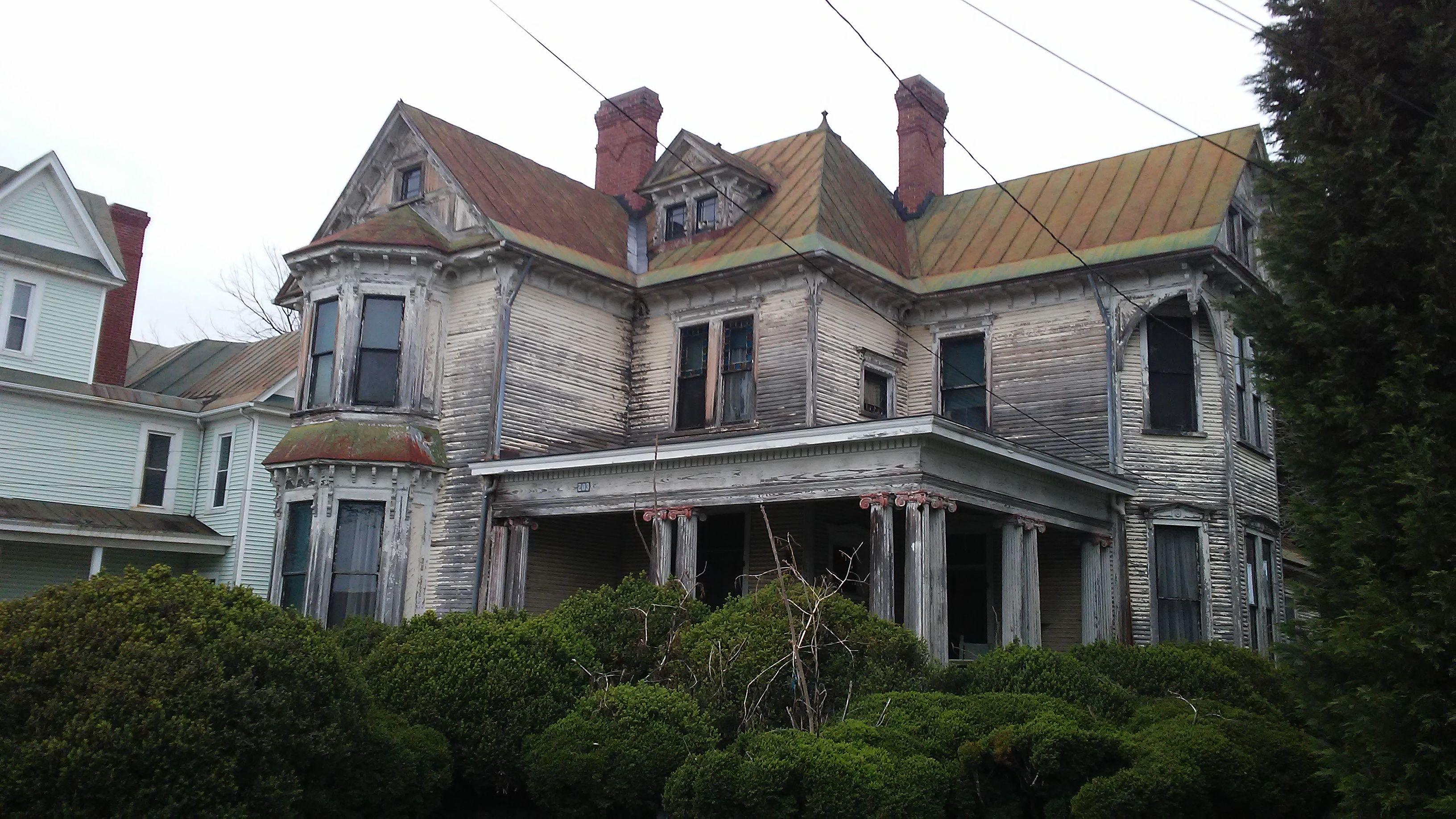 Union Street, Salem, Virginia | Eric Robert Nolan | House