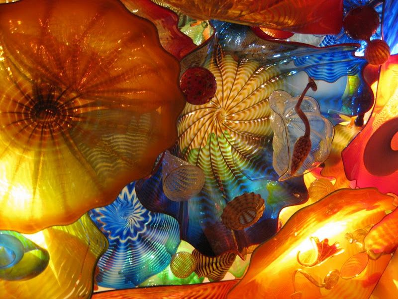 Dale Chihuly glass seaforms
