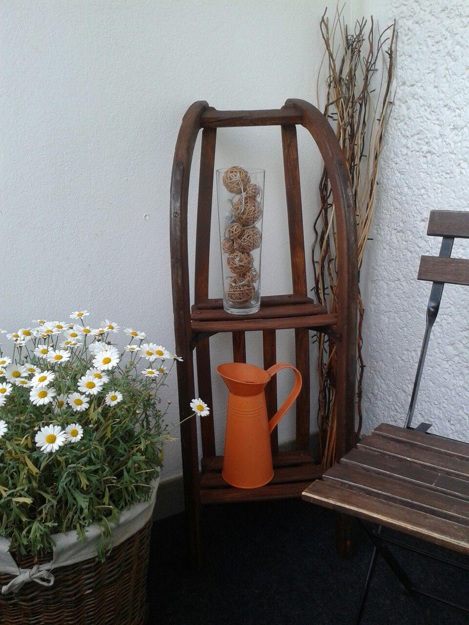 alter schlitten als deko regal ein fabelhafte idee und. Black Bedroom Furniture Sets. Home Design Ideas