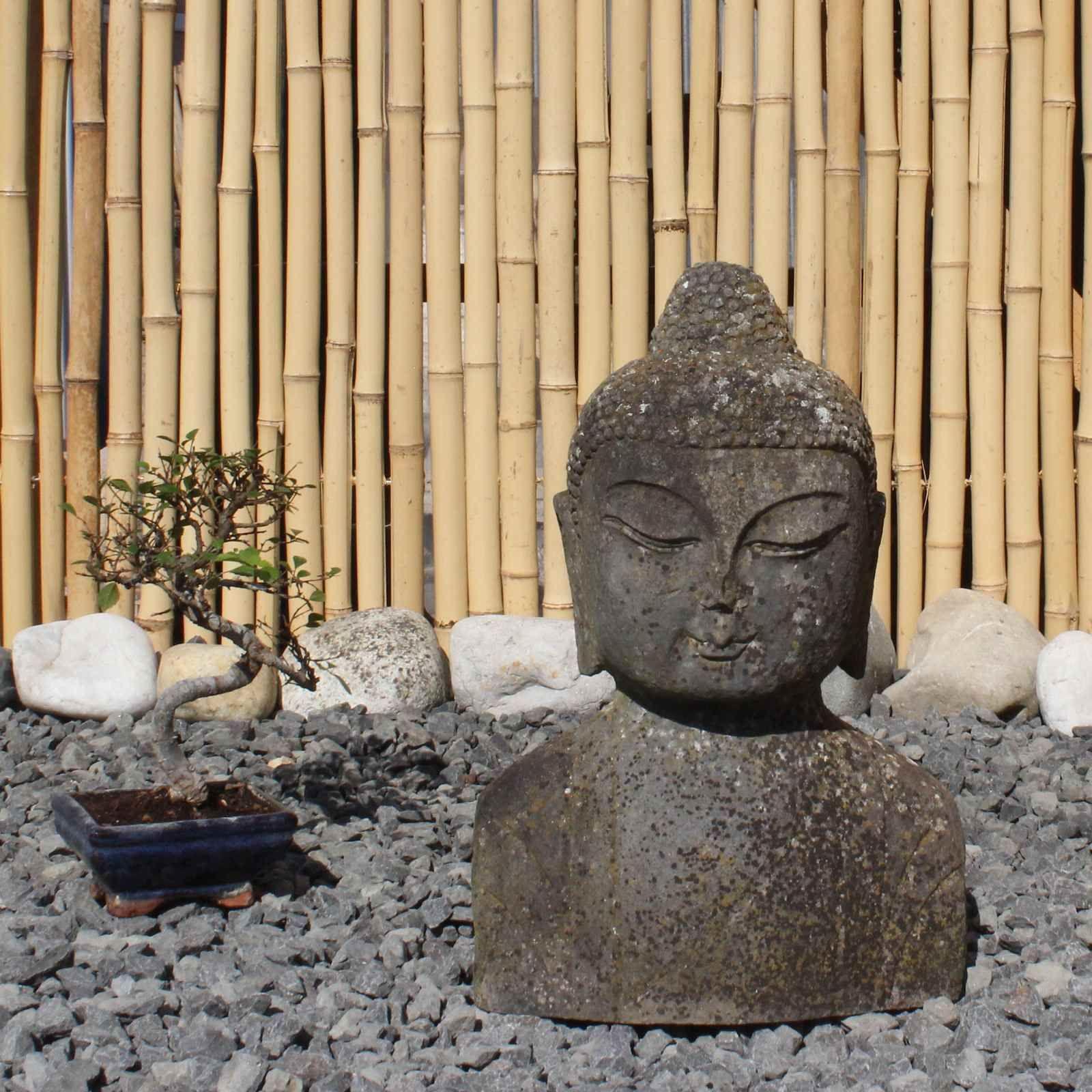 Pin Von Asienlifestyle Auf Asiatische Garten Dekoration Statuen Figuren In 2020 Statuen Statue Buddha Figur