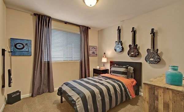This Rock Nu0027 Roll Themed Bedroom From @Lenna Rivera Seattle Is Perfect For  The