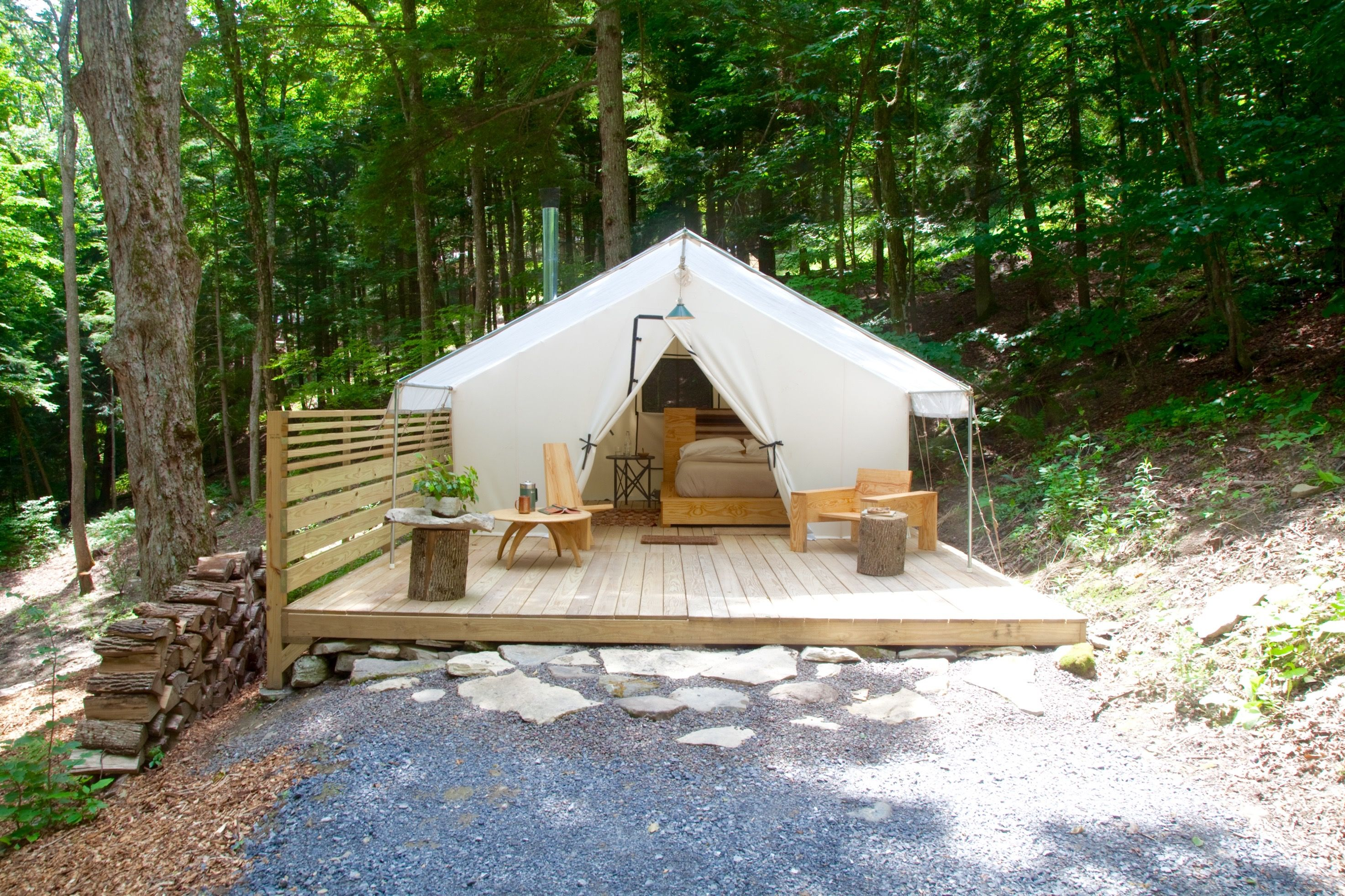 Camp Here Here, Upstate NY's Groovy New Getaway, It Couple ...