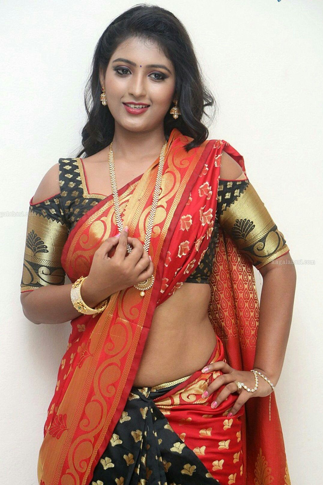 Cute bhabhi South Indian