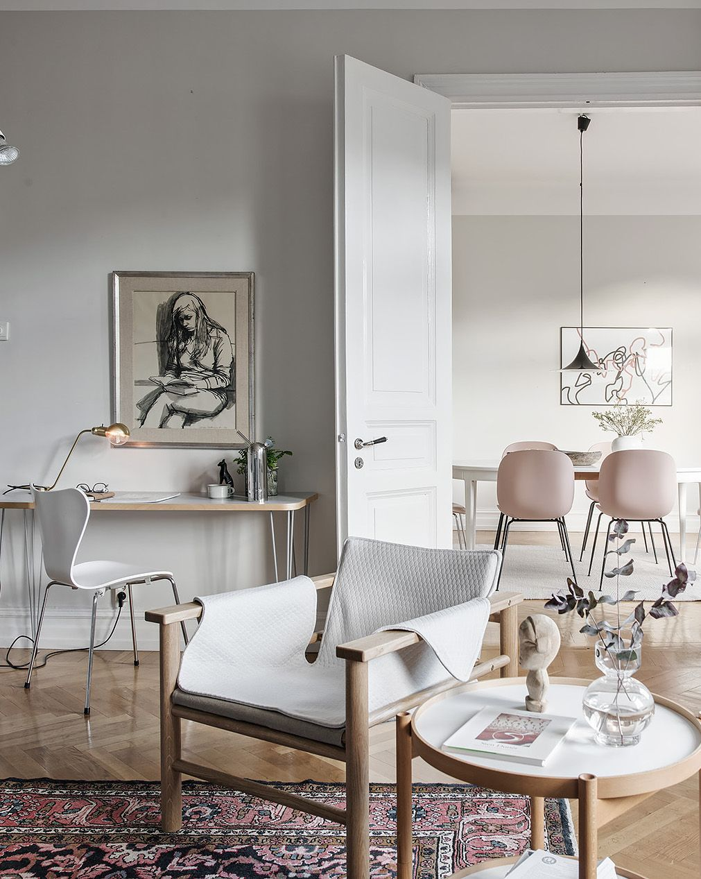 Stylish apartment with a soft look - via Coco Lapine Design blog ...