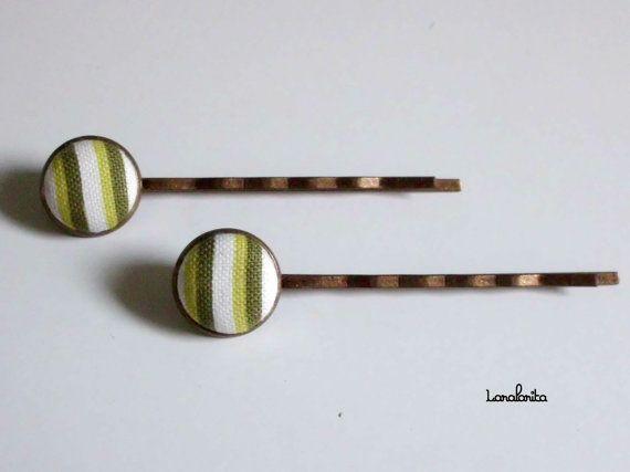 Horquillas G-stripe. Horquillas botón forrado. por Laralarita