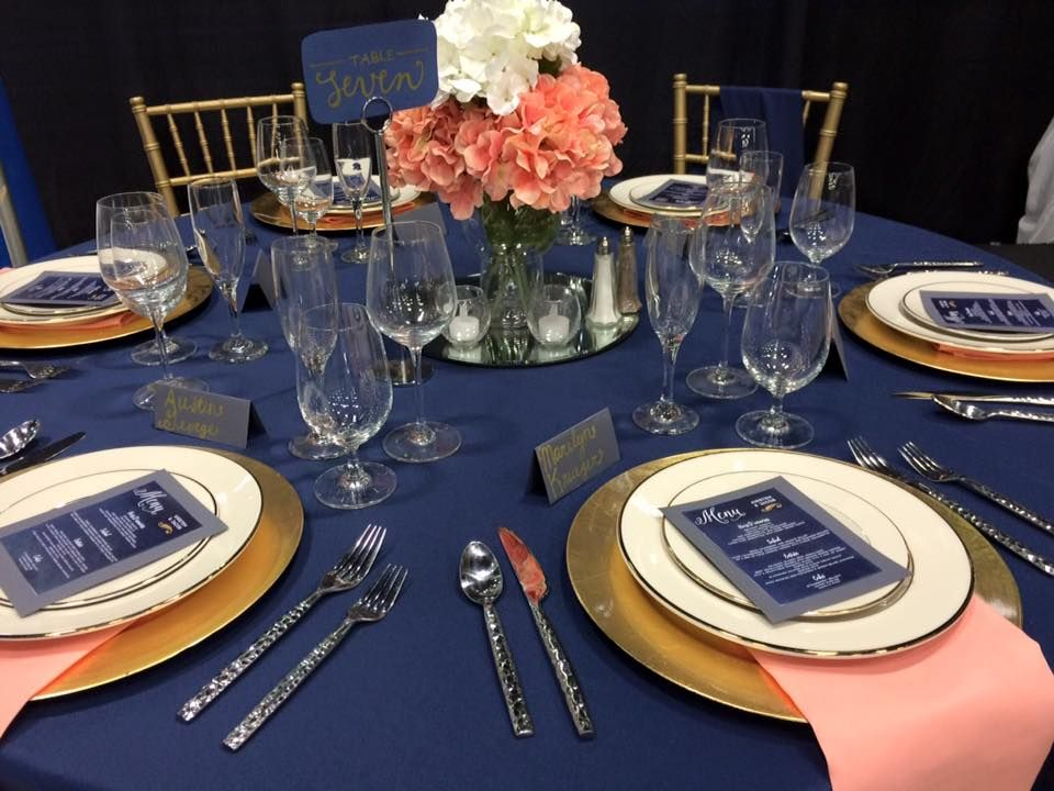 Navy And Coral Wedding Table Decorations  from i.pinimg.com