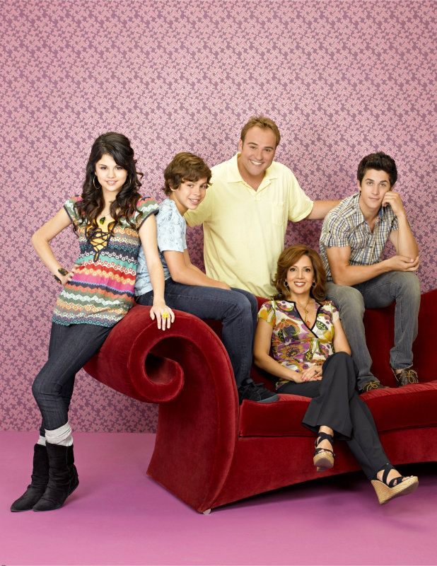 The Cast Of Wizards Of Waverly Place Wizards Of Waverly Place Photo Shoot Wizards Of Waverly Wizards Of Waverly Place Waverly Place