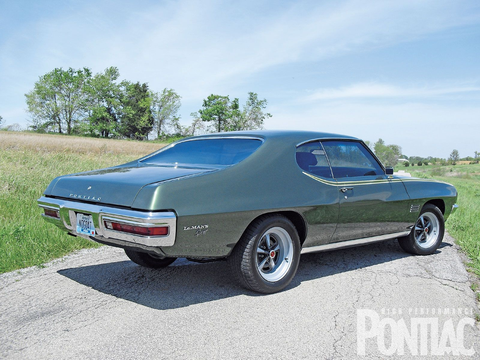 small resolution of 1970 pontiac lemans sport mine had two tone paint with pin striping and a 427 engine it could fly
