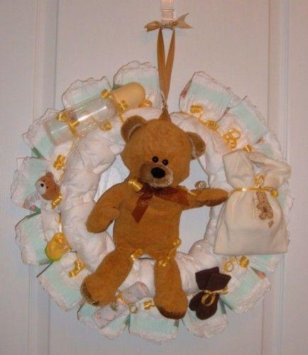 BABY SHOWER GIFT: Diaper Wreath.