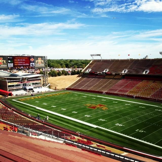 View Of Jack Trice Stadium On Cyclone Football Gameday The Calm
