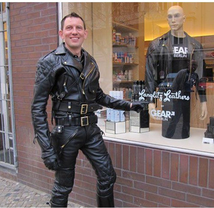 Outside GEAR Berlin - padded Columbia jacket with Competition #LeatherBreeches - #Langlitz Leathers.