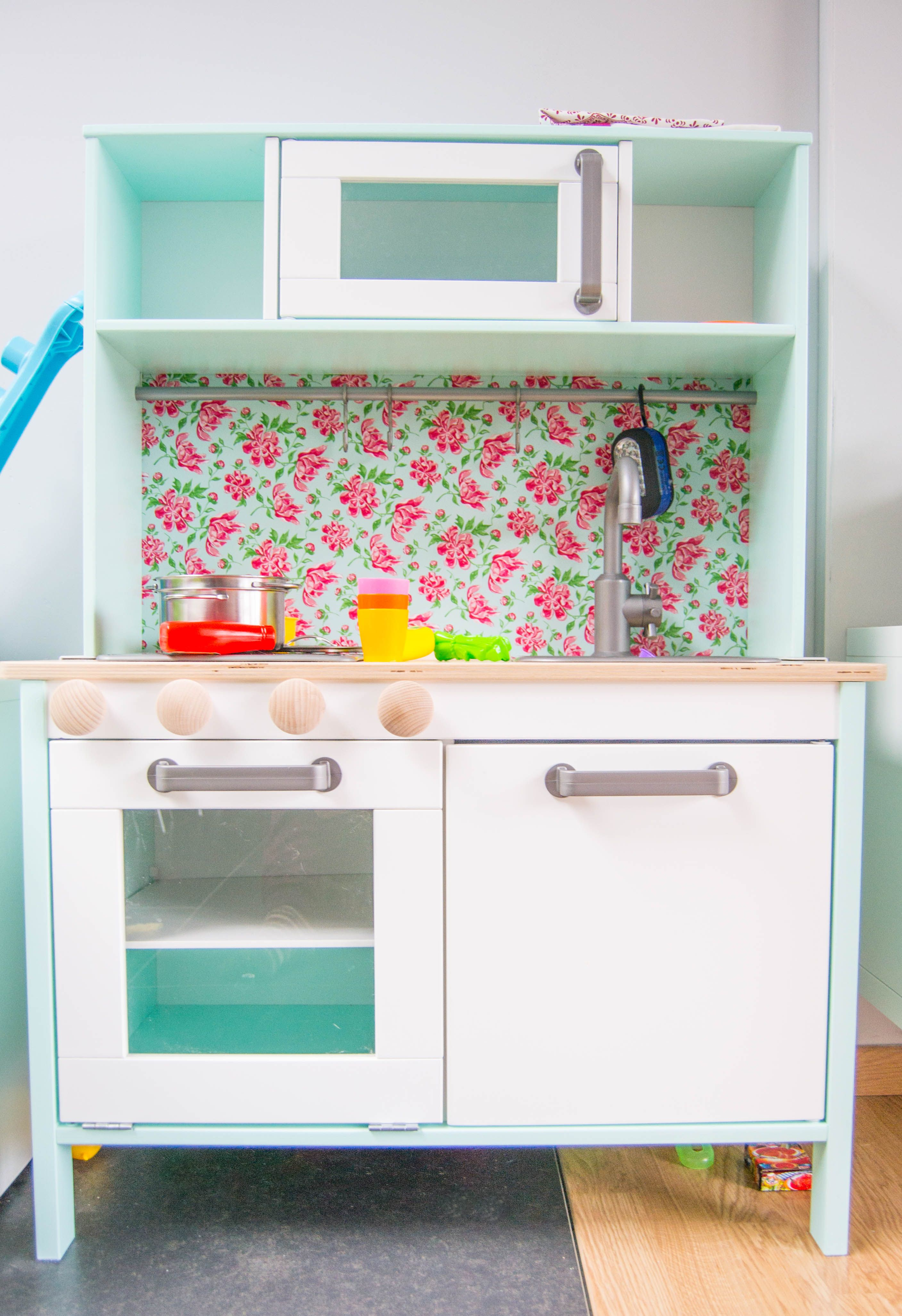 10 IKEA DUKTIG Play Kitchen Hacks | The Art of the Update ...