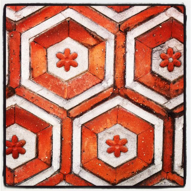 Beautiful tiles @ Kyung Bok Palace in Seoul, Korea.