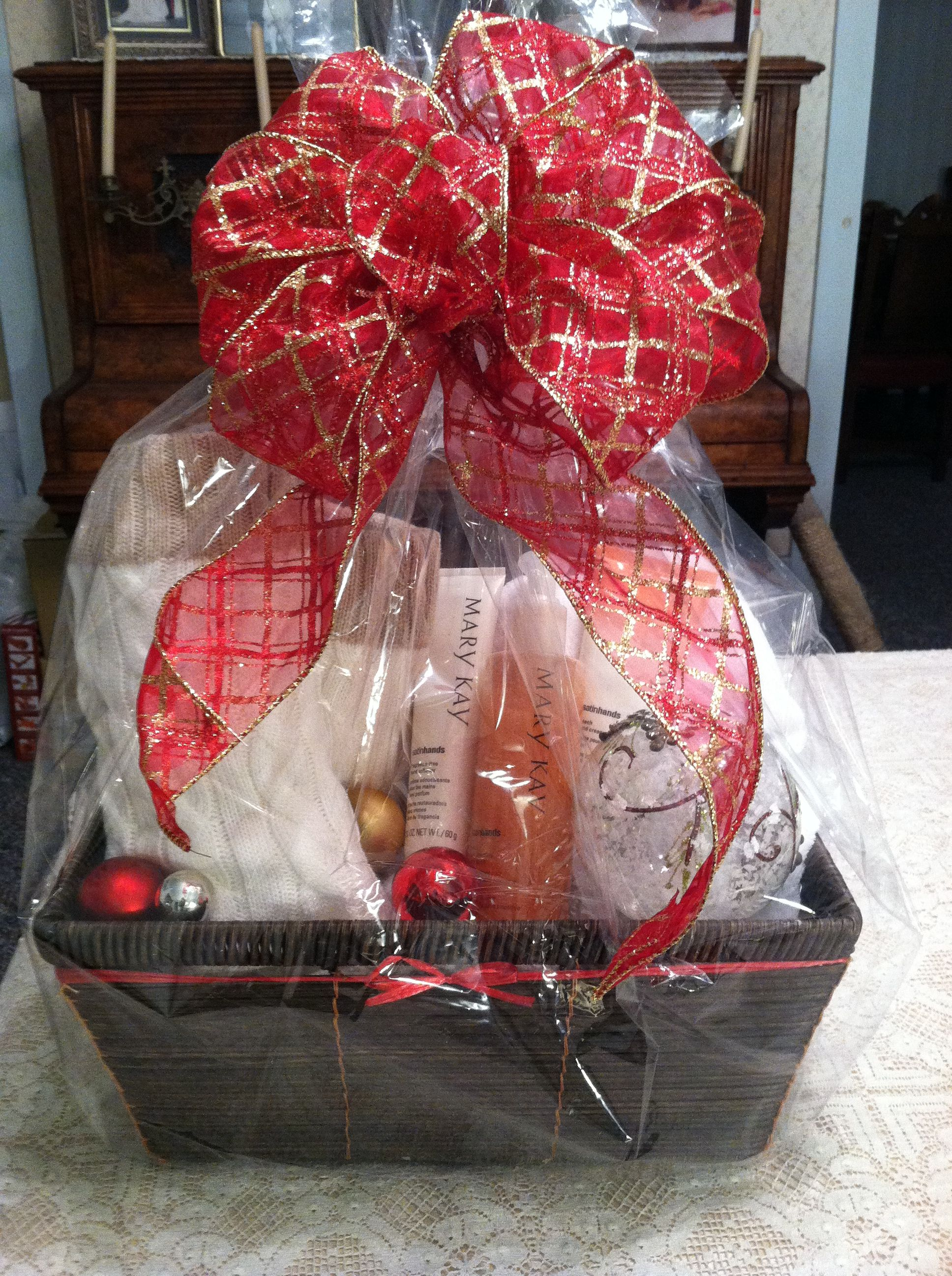 Gift wrapping idea gift wrapping ideas pinterest mary kay mary kay satin hands gift basket with cello wrap peach vanilla sugar or fragrance free negle Images