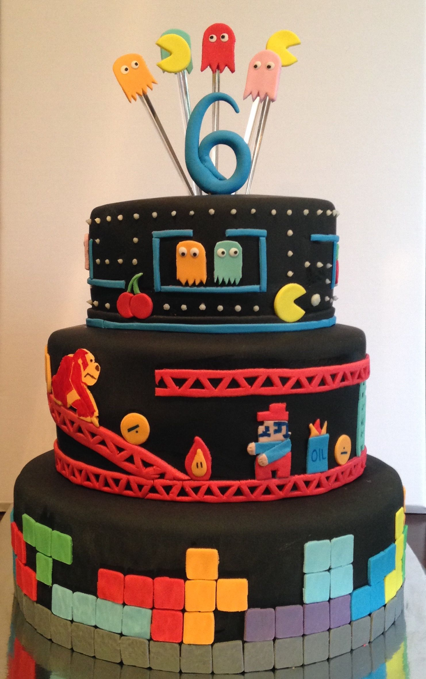 Gaming Cake Nintendo Mario Donkey Kong Tetris Cakes N Mora - Tetris birthday cake
