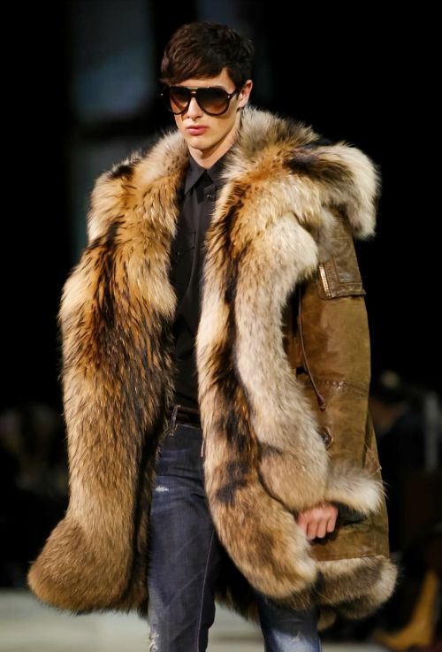 Dsquared2 Menswear Fashion Pinterest In Fur And 2018 UXwfrTXqn