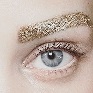 Metallics everywhere #browgamestrong  #peekaboo #vintage #asosmarketplace #topshop #metallics #gold #brows #beauty #instabeauty #love #glitter #shimmer #shine #peekaboovintage # Peekaboovintage.com