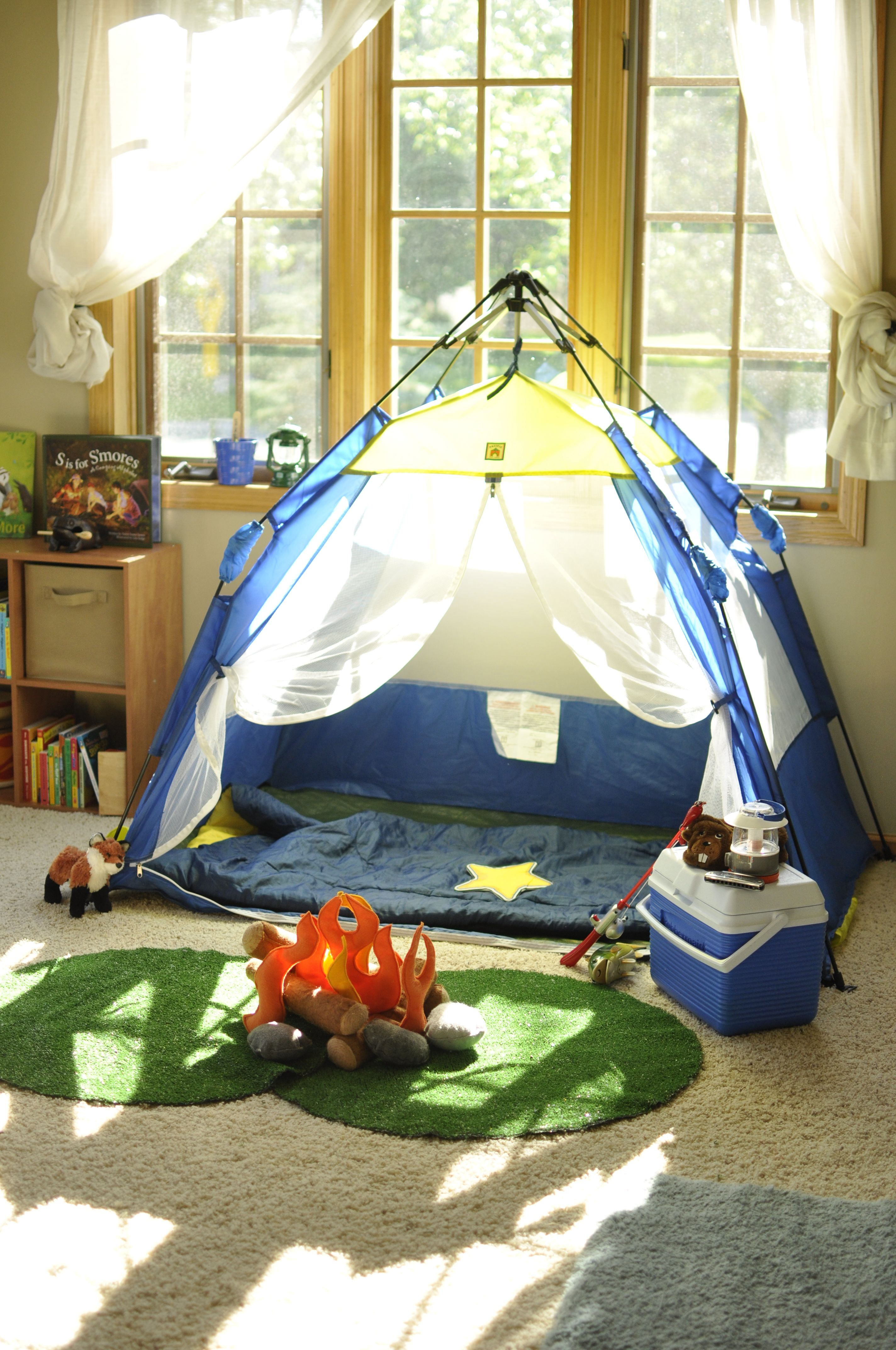 Pop up tent from Pacific Play Tents with DDIY felt fire rocks and logs. & Camping dramatic play visual. DIY felt campfire- cheap! Cut ...