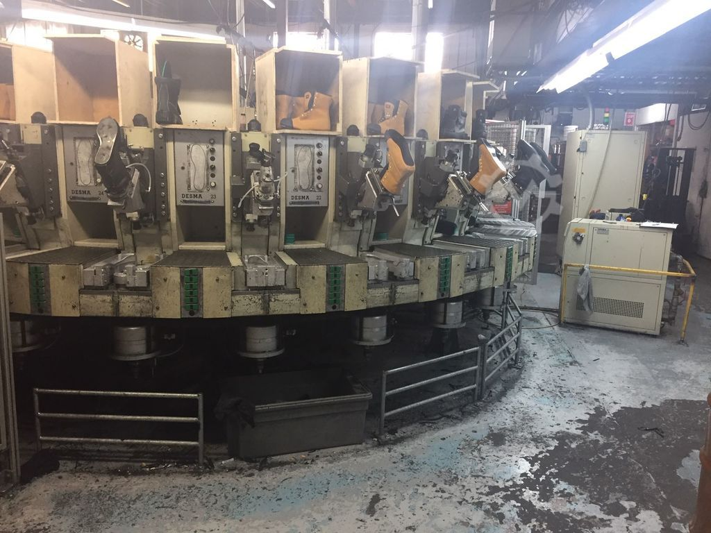 ▷ Used Direct injection pu sole machine Desma D512/24 for