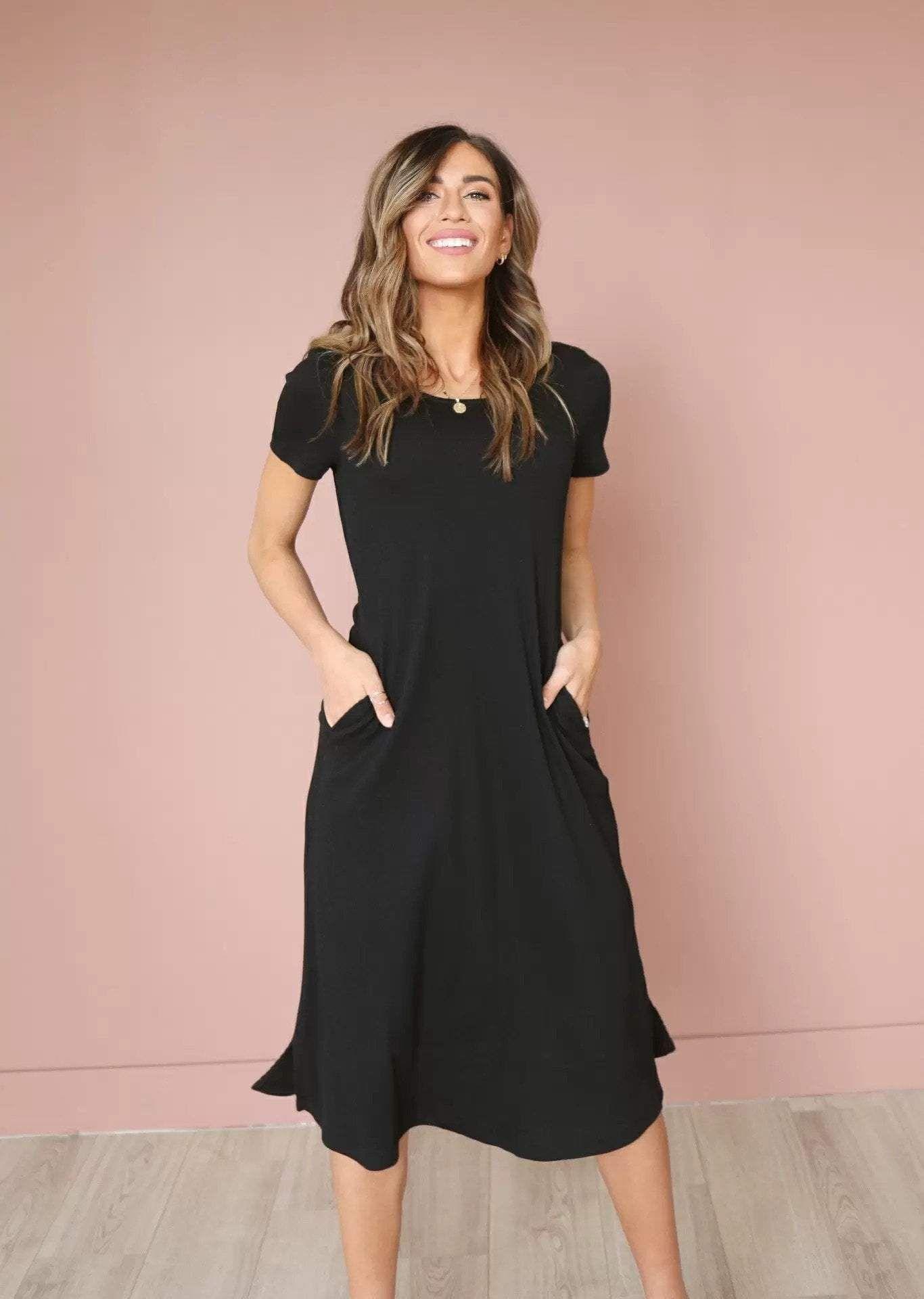 Raven Dress Black In 2021 Modest Dresses Black Dresses Classy Modest Black Dress [ 1920 x 1366 Pixel ]