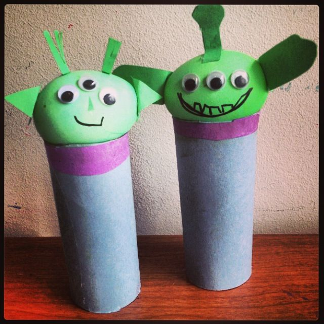 Aliens easy craft to do with your kids made from for Easy recycled materials
