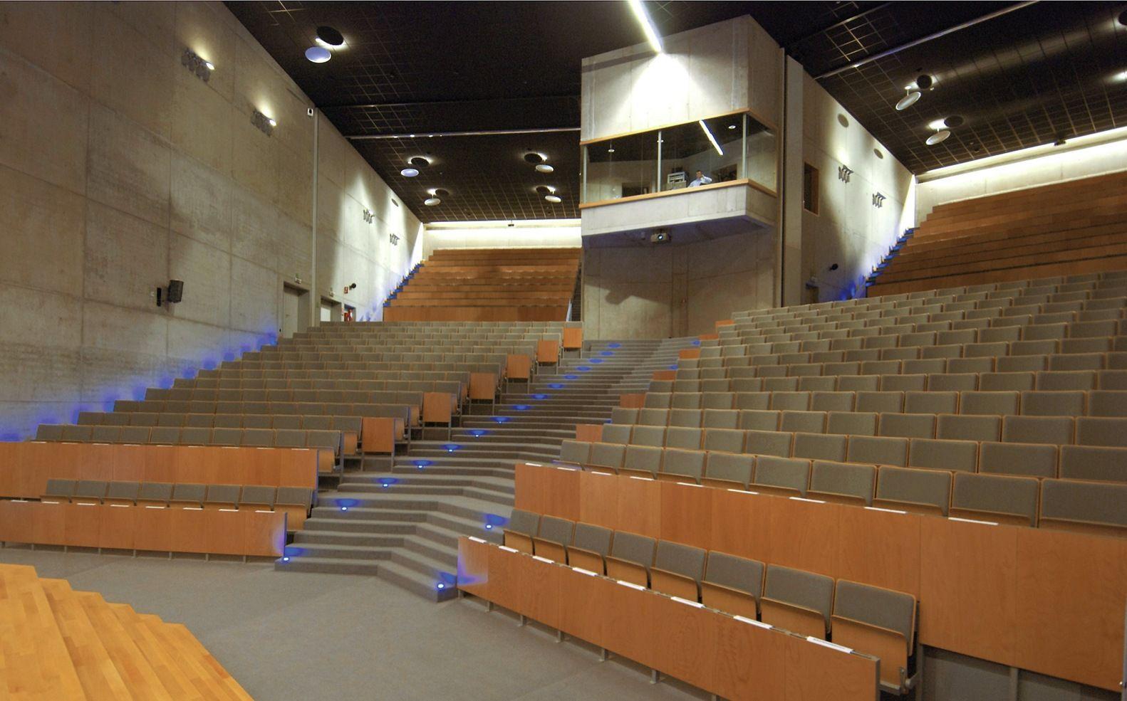 Gallery of VIVES University College Campus Bruges / SAR architecten ...