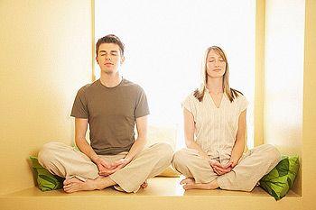 La meditación es una forma de lograr el bienestar y conectarnos con el Elemento Tierra que nos estabiliza, nos permite vivir en equilibrio cuerpo, mente y alma.