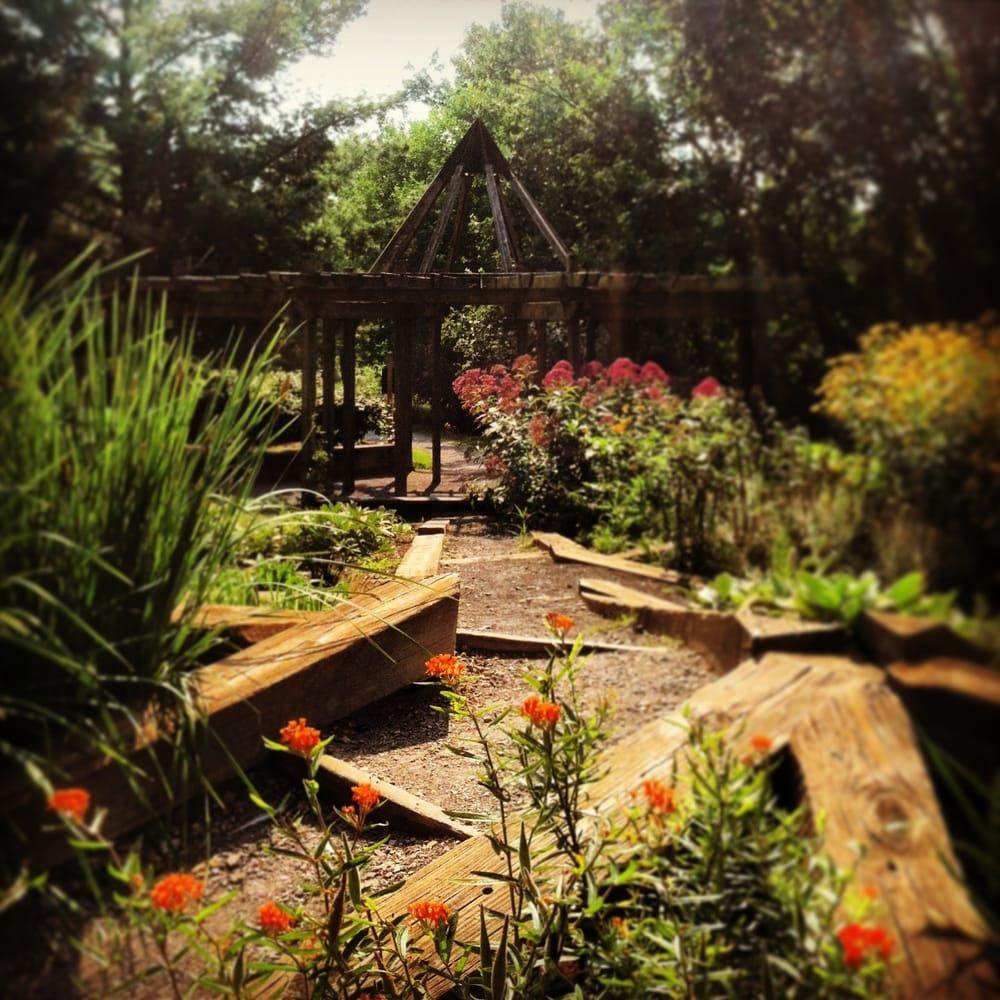 County Farm Park in Ann Arbor, Michigan - The Perennial Garden ...