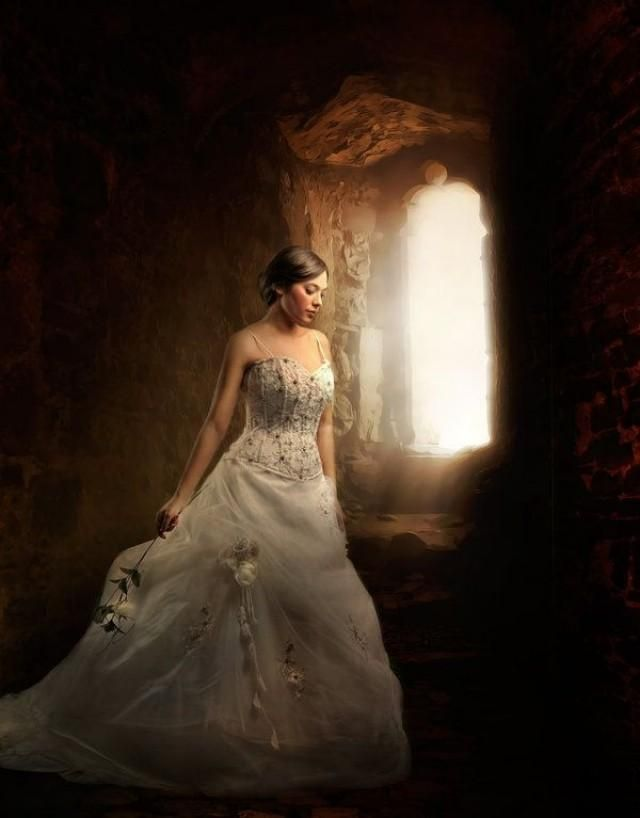 Weddbook is a content discovery engine mostly specialized on wedding concept. You can collect images, videos or articles you discovered  organize them, add your own ideas to your collections and share with other people - Say Yes To This Dress