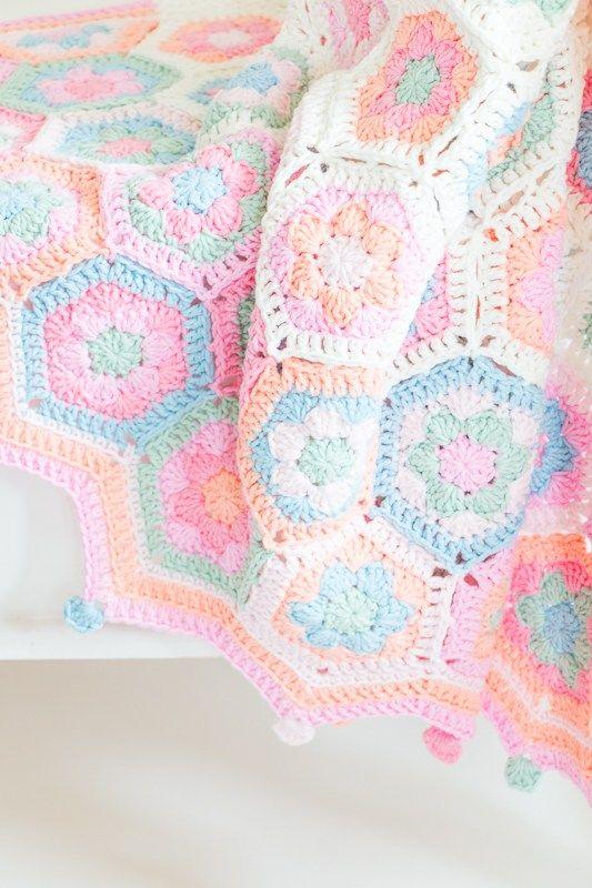 Haakpatroon Hexagon babydeken pastel | HEKEL - AFGHANS, KOMBERSE ...