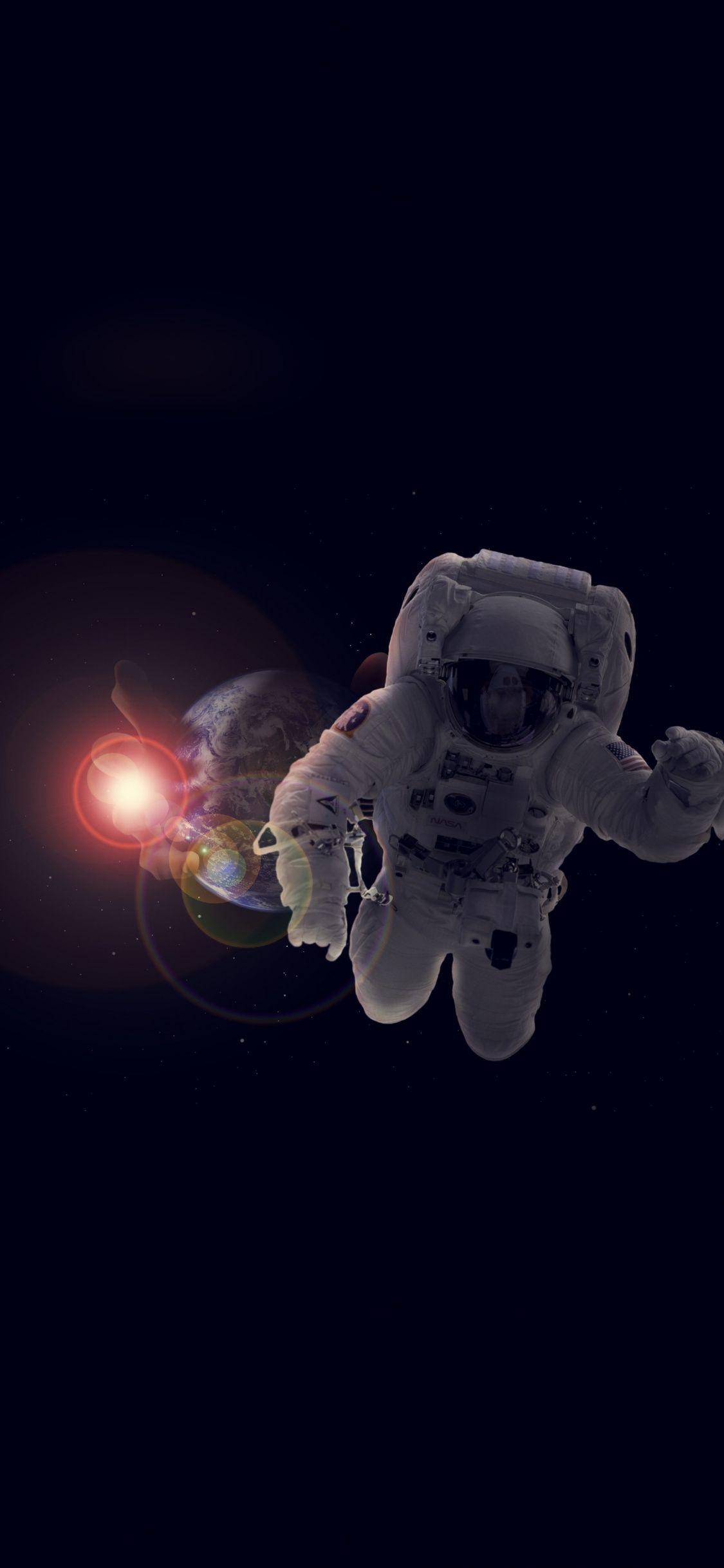 Astronaut Dark Deep Space Earth 1125x2436 Wallpaper Anime Wallpaper Iphone Anime Wallpaper Wallpaper