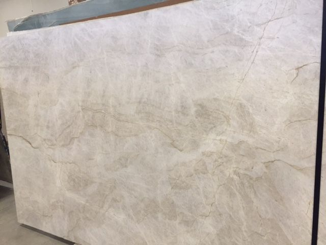 Leathered Quartzite Perla Venata Kirshbaum Kitchen