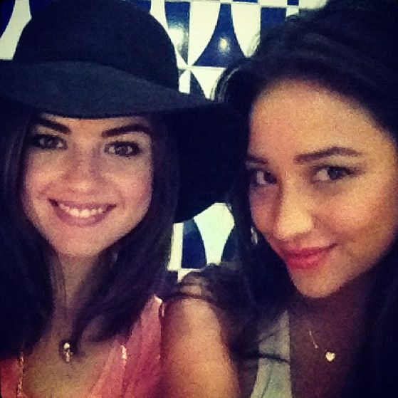Lucy Hale / Shay Mitchell