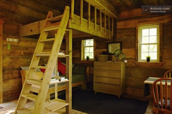 tree house vacation rental in blue mountains ontario