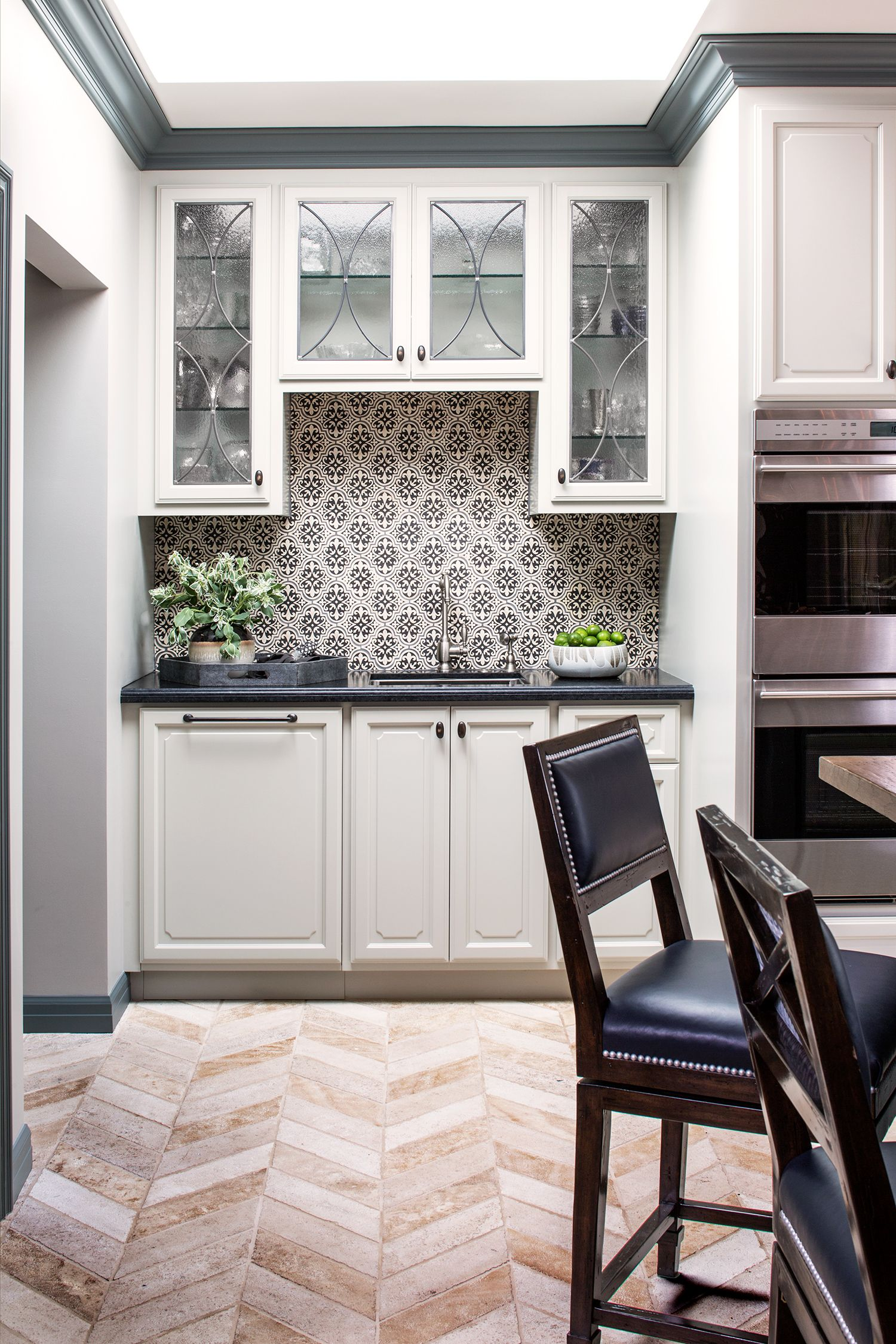 A 1930s Kitchen Gets a Major Makeover Rue White